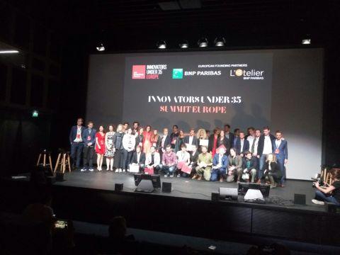Foto de participantes y premiados
